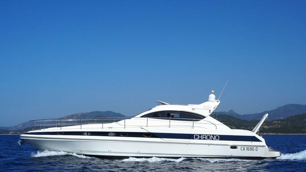 noleggio yacht con skipper villasimius