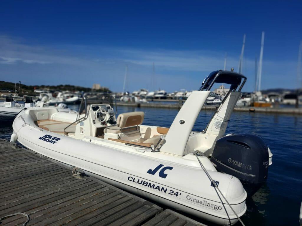 Gommone Jokerboat Clubman 24 mt7.50 250CV obbligo patente - Green Charter